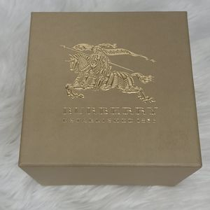 Burberry watch box large logo gold embossed